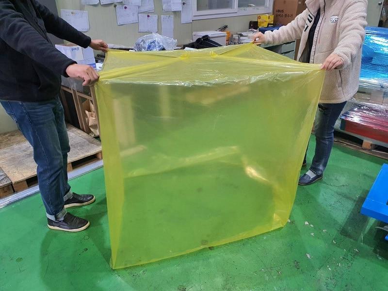 ถุงพลาสติกกันสนิมทรงสี่เหลี่ยม